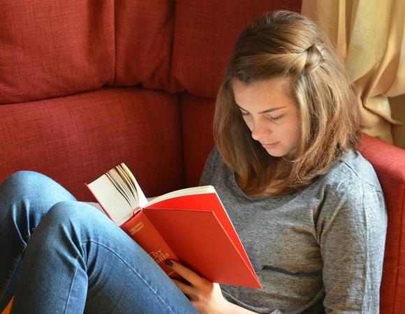 Đọc là sở thích của rất nhiều người ham hiểu biết.
