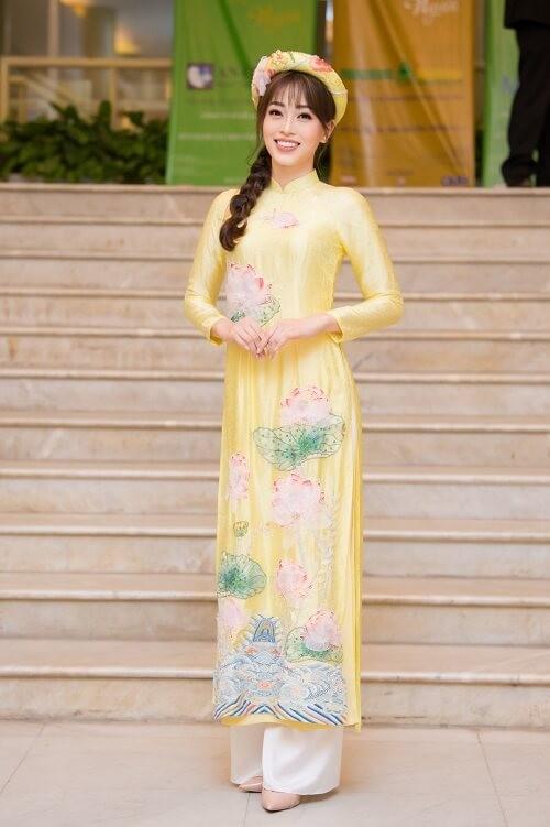 Á hậu Phương Nga tham gia trình diễn BST áo dài của Hoa hậu Ngọc Hân - ảnh 3