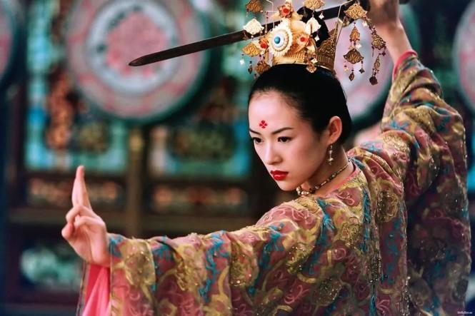 Các vai diễn nổi bật của Chương Tử Di đa số đều là các vai diễn yêu cầu về võ thuật.