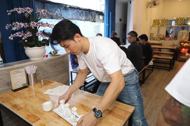 S.T Sơn Thạch, Song Luân, Masew đến chúc mừng Liên Bỉnh Phát lên chức ông chủ - ảnh 3