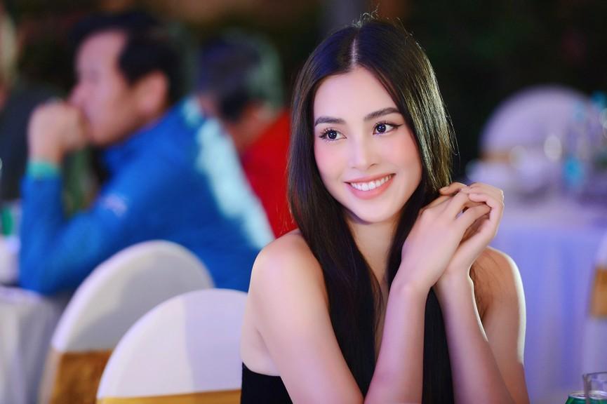 Dàn Hoa hậu, Á hậu gợi cảm tại đêm gala trao giải Tiền Phong Championship 2020 - ảnh 2