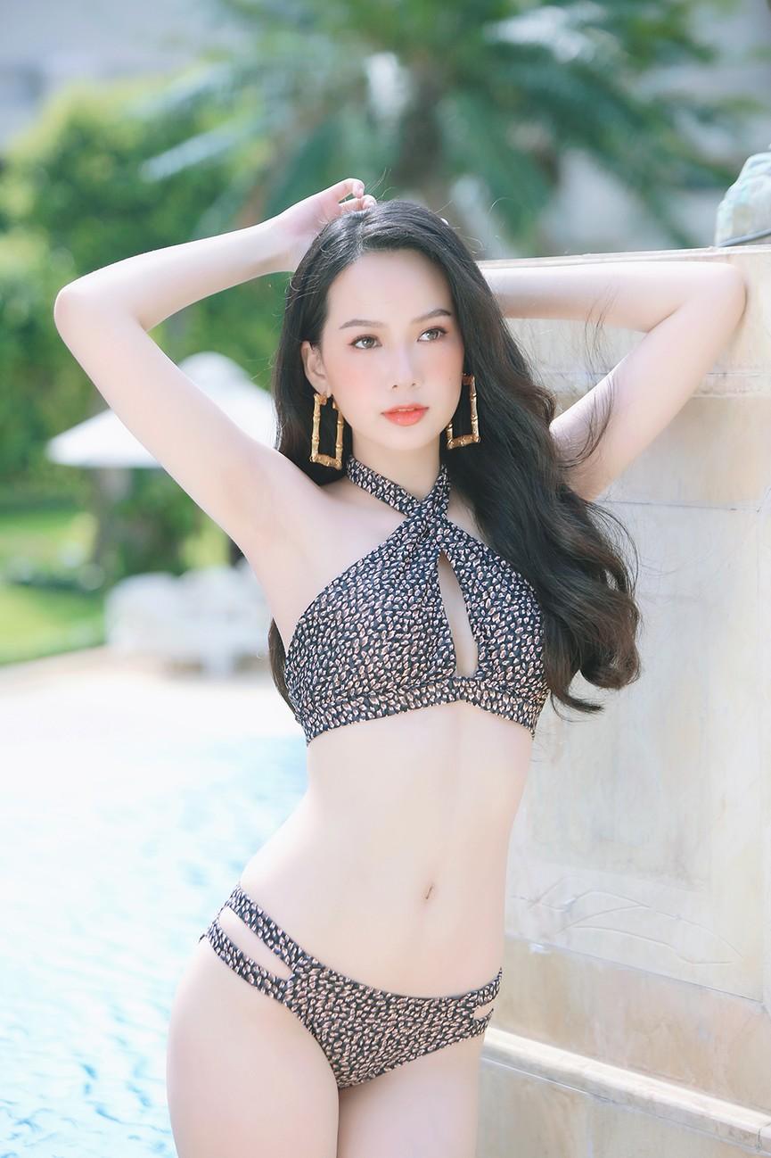 Hé lộ hậu trường chụp bikini nóng bỏng của dàn thí sinh HHVN 2020  - ảnh 10