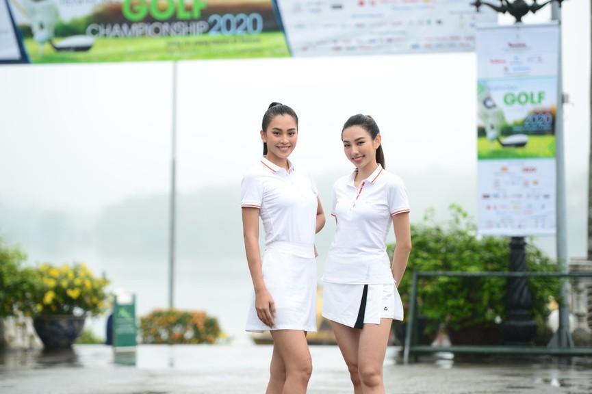 Tiểu Vy và dàn người đẹp Hoa hậu Việt Nam đẹp rạng rỡ trên sân golf  - ảnh 3