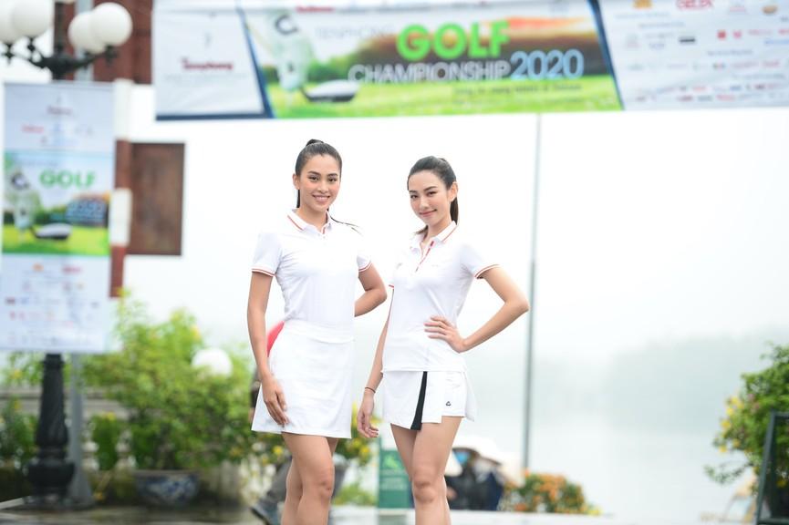 Tiểu Vy và dàn người đẹp Hoa hậu Việt Nam đẹp rạng rỡ trên sân golf  - ảnh 6