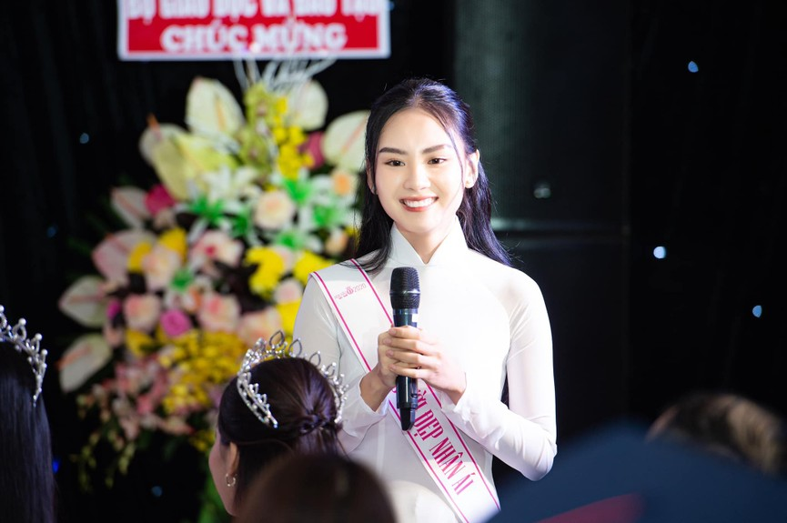 Người đẹp Nhân ái Huỳnh Nguyễn Mai Phương: Khi nhẹ nhàng như sương mai, khi sexy biến hóa - ảnh 4