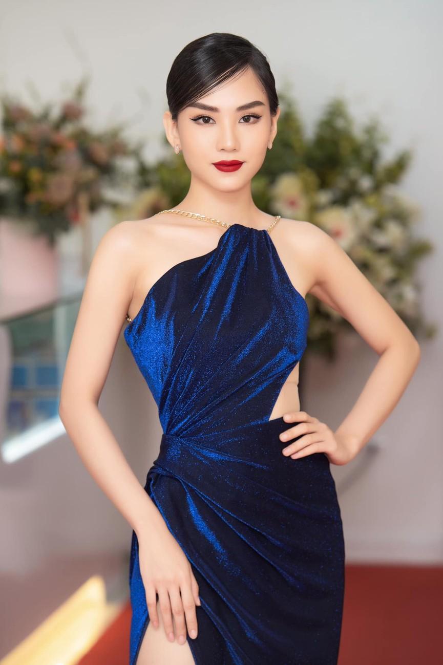 Người đẹp Nhân ái Huỳnh Nguyễn Mai Phương: Khi nhẹ nhàng như sương mai, khi sexy biến hóa - ảnh 10