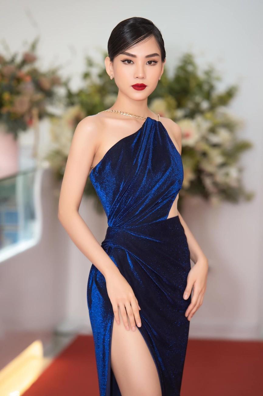 Người đẹp Nhân ái Huỳnh Nguyễn Mai Phương: Khi nhẹ nhàng như sương mai, khi sexy biến hóa - ảnh 8