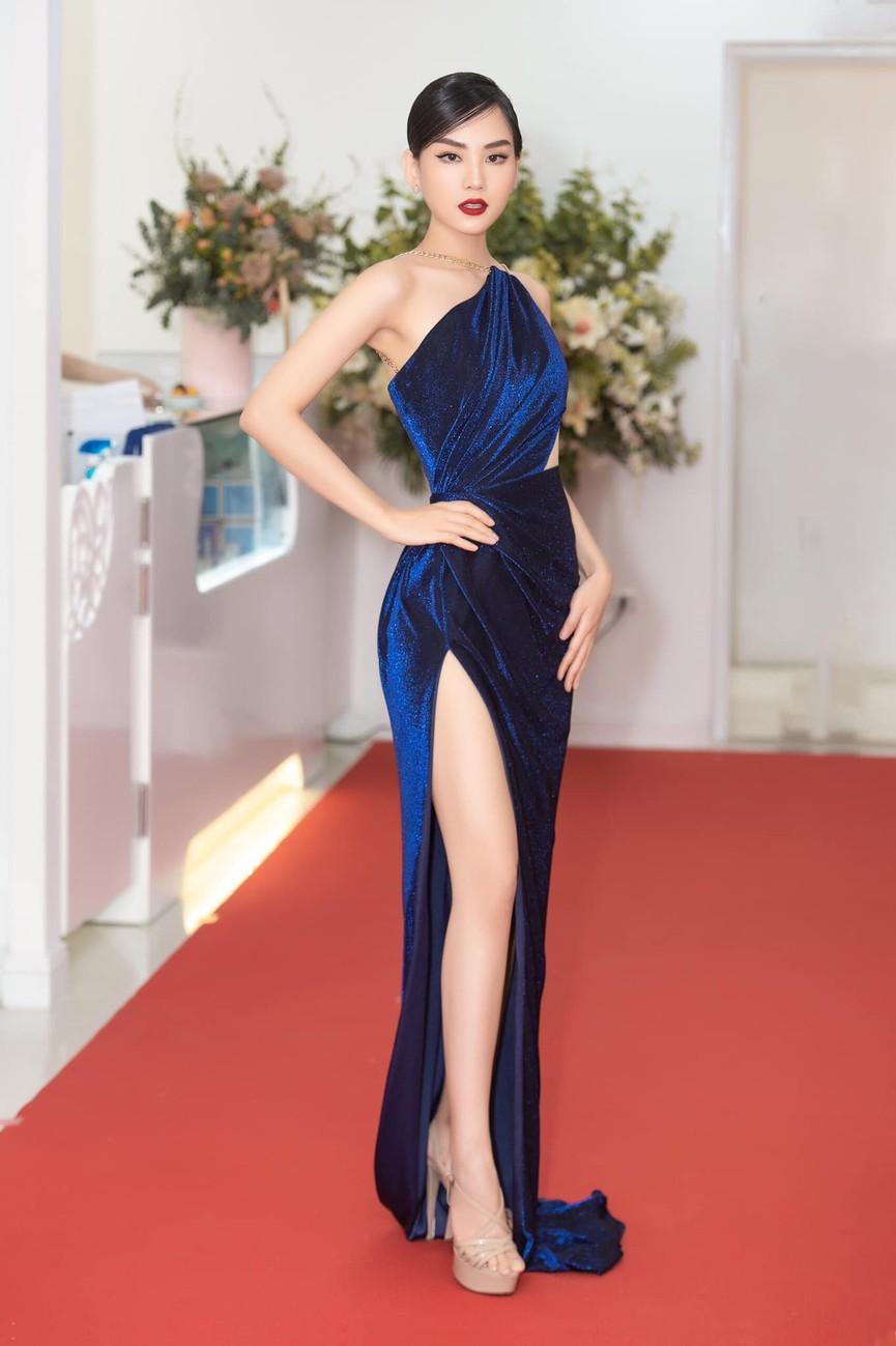 Người đẹp Nhân ái Huỳnh Nguyễn Mai Phương: Khi nhẹ nhàng như sương mai, khi sexy biến hóa - ảnh 9