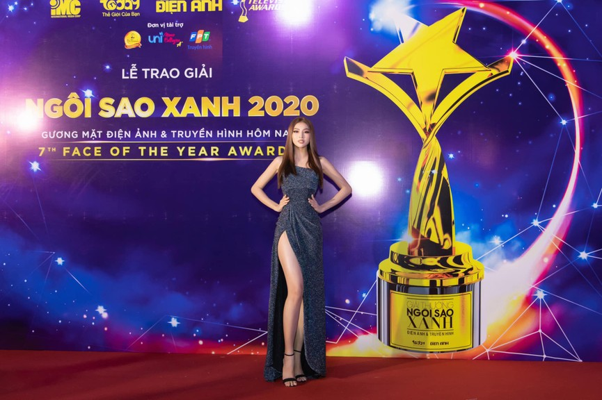 Top 3 Hoa hậu Việt Nam 2020 diện váy cắt xẻ khoe triệt để đường cong gợi cảm - ảnh 12