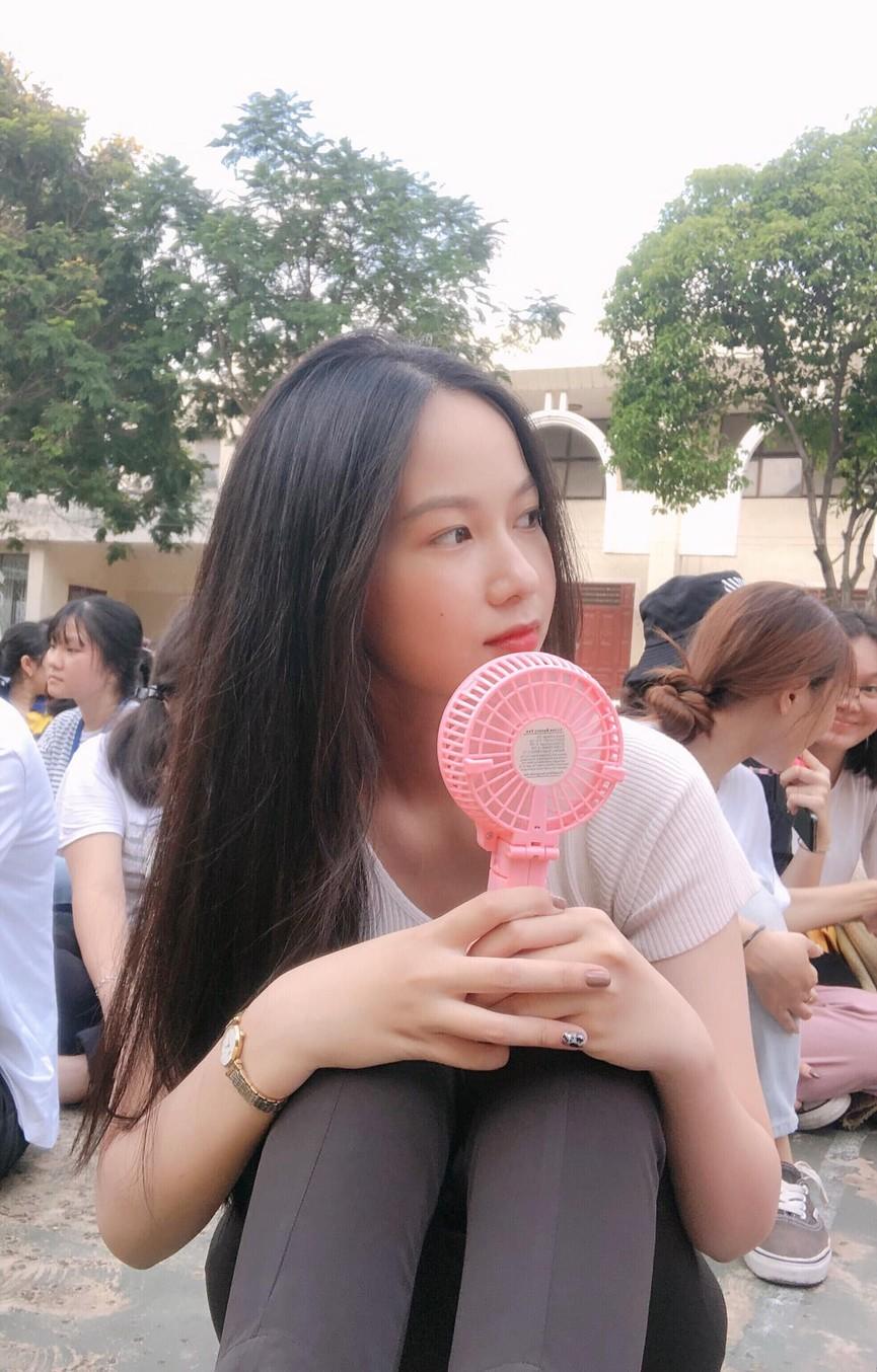 Ảnh cấp 3 cực xinh đẹp của 'Người đẹp có làn da đẹp nhất' Hoa hậu Việt Nam 2020 - ảnh 5