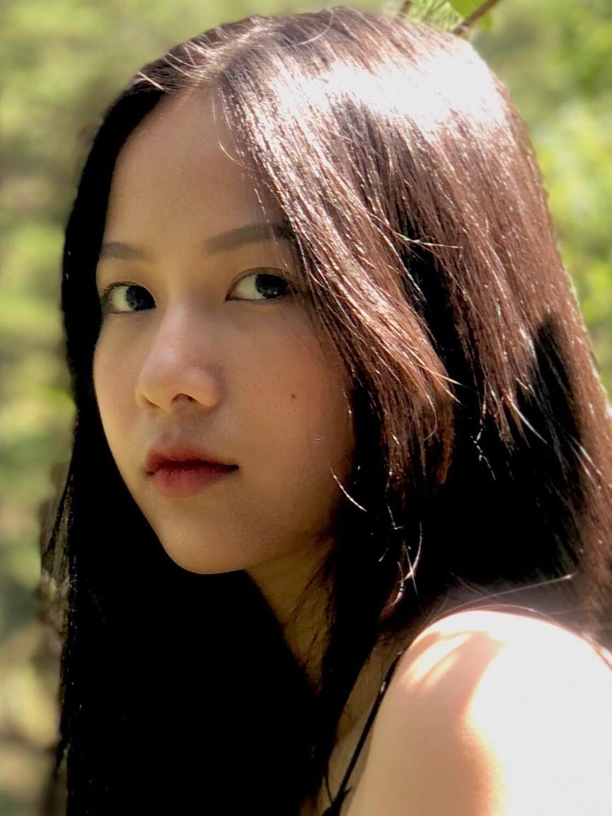 Ảnh cấp 3 cực xinh đẹp của 'Người đẹp có làn da đẹp nhất' Hoa hậu Việt Nam 2020 - ảnh 3