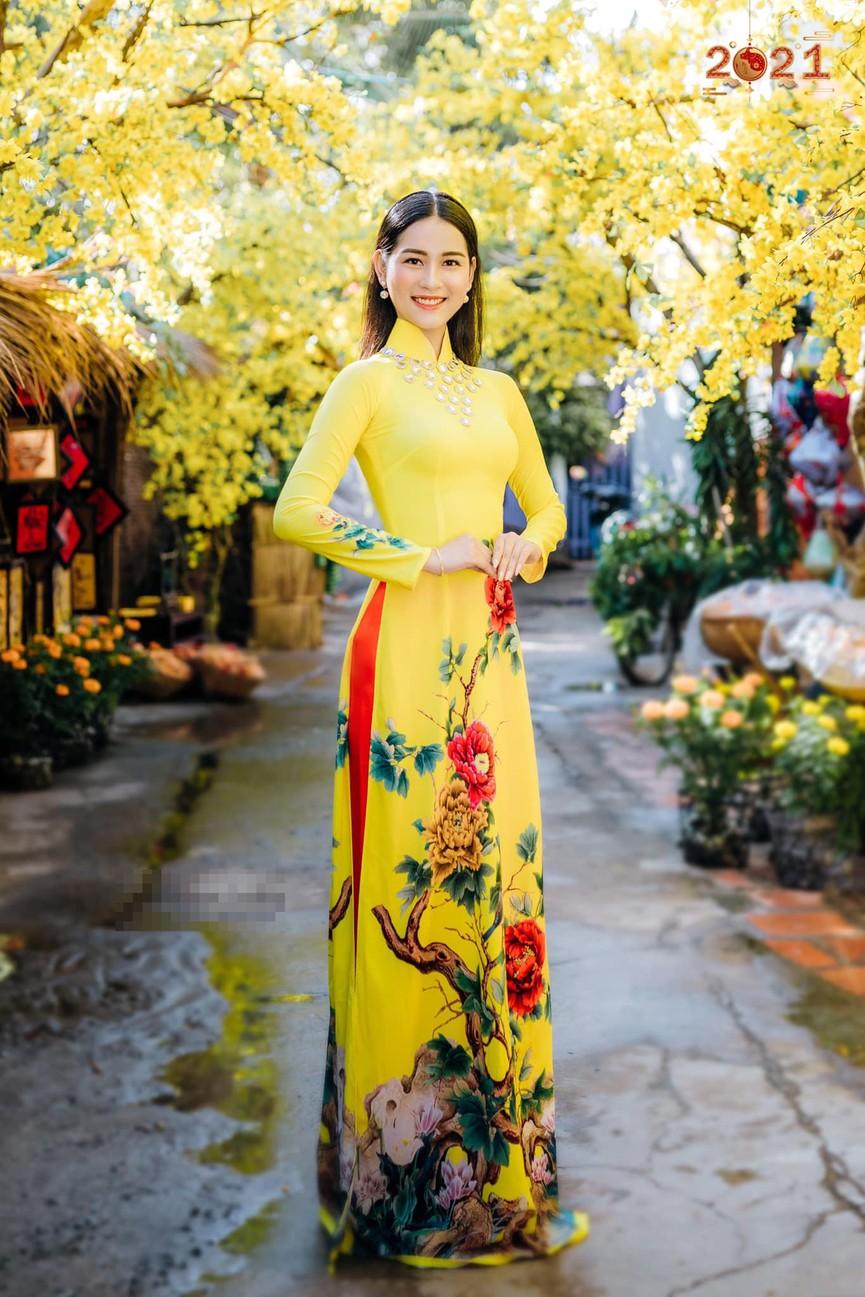 Top 5 Người đẹp Biển HHVN 2020 khoe đường cong quyến rũ với áo dài - ảnh 3