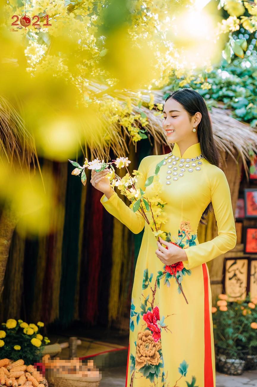 Top 5 Người đẹp Biển HHVN 2020 khoe đường cong quyến rũ với áo dài - ảnh 2