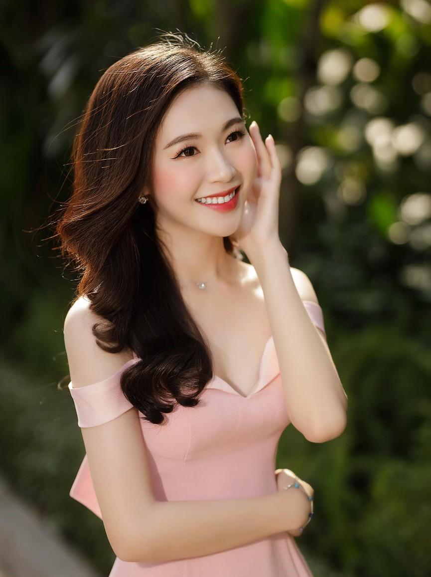 Người đẹp được yêu thích nhất HHVN 2020 khoe nhan sắc 'thần tiên tỷ tỷ' - ảnh 5