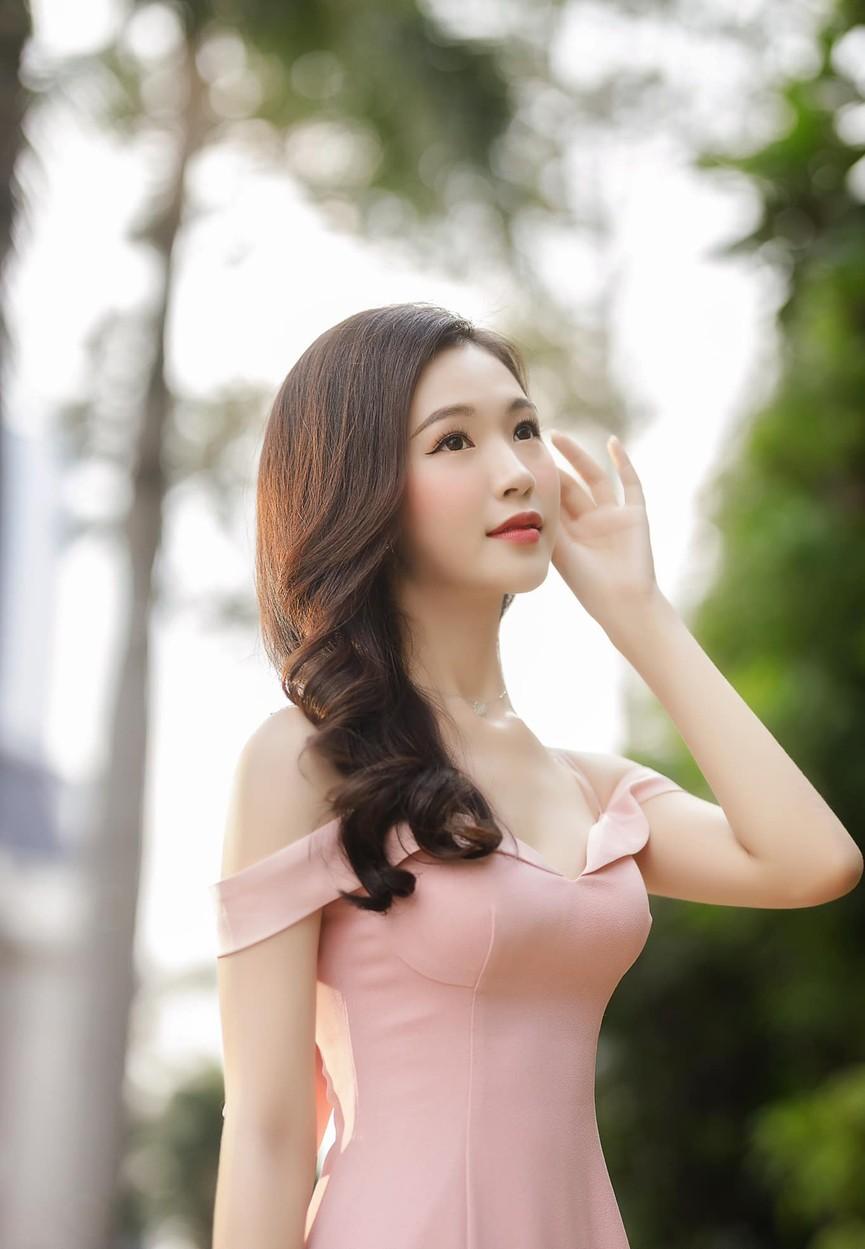 Người đẹp được yêu thích nhất HHVN 2020 khoe nhan sắc 'thần tiên tỷ tỷ' - ảnh 1