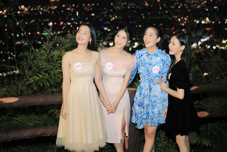 Người đẹp HHVN 2020 khoe sắc giữa vẻ đẹp lung linh về đêm của khu du lịch Hồ Mây - ảnh 5