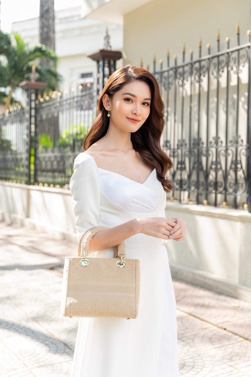 Top 3 HHVN 2020 khoe chân dài nóng bỏng, 'đọ sắc' bên Á hậu Thuỳ Dung  - ảnh 7
