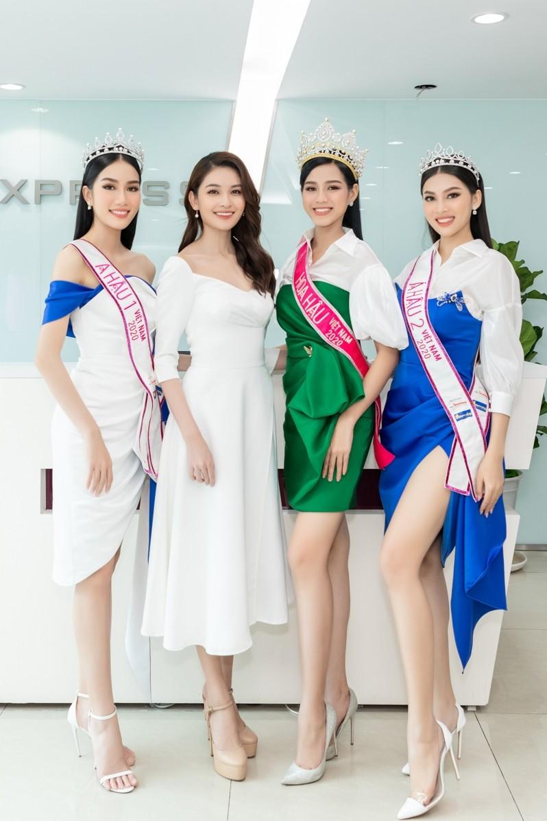 Top 3 HHVN 2020 khoe chân dài nóng bỏng, 'đọ sắc' bên Á hậu Thuỳ Dung  - ảnh 14