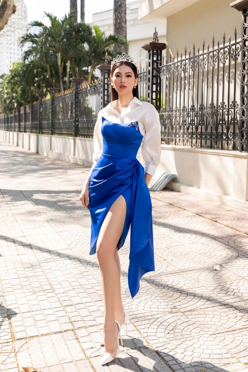 Top 3 HHVN 2020 khoe chân dài nóng bỏng, 'đọ sắc' bên Á hậu Thuỳ Dung  - ảnh 5