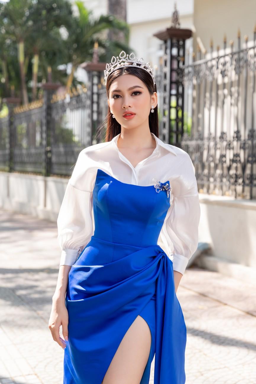 Top 3 HHVN 2020 khoe chân dài nóng bỏng, 'đọ sắc' bên Á hậu Thuỳ Dung  - ảnh 6