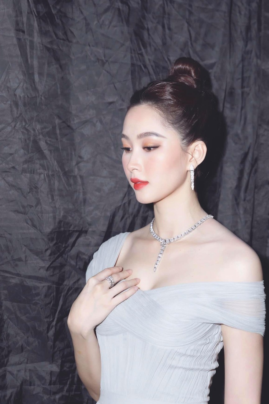 Sắc vóc Hoa hậu Đặng Thu Thảo sau 8 năm đăng quang, làm mẹ 2 con vẫn gây ngưỡng mộ - ảnh 4