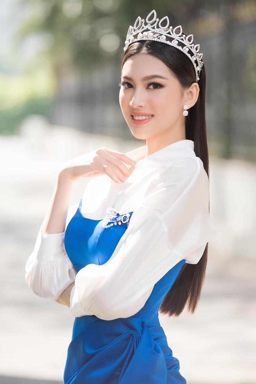 Gu thời trang ngày càng 'thăng hạng' của Top 3 Hoa hậu Việt Nam 2020 sau đăng quang  - ảnh 12