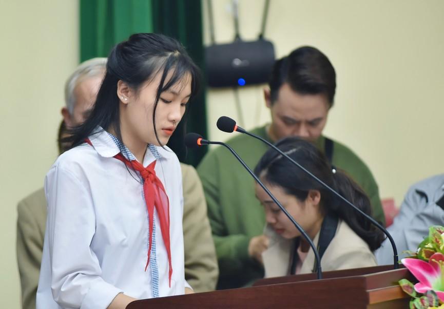 Hoa hậu Đỗ Thị Hà truyền cảm hứng cho giới trẻ ở quê nhà Thanh Hoá - ảnh 12