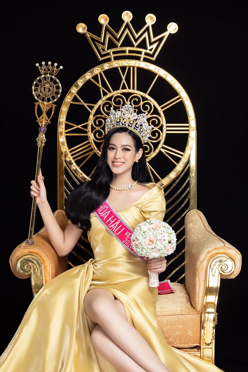 Nhan sắc ngày càng 'thăng hạng' của Top 3 Hoa hậu Việt Nam 2020 sau 1 tháng đăng quang - ảnh 3