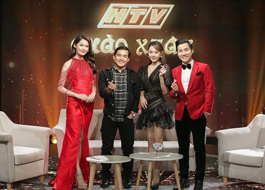 Á hậu Thuỳ Dung diện váy đỏ rực như đoá hồng kiều diễm dẫn chương trình chào năm mới - ảnh 5