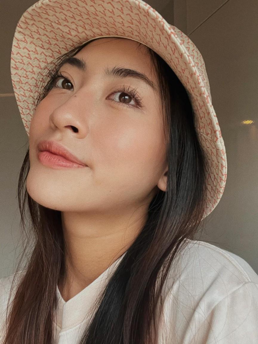 Hoa hậu Giáng My khoe khéo body gợi cảm và vẻ đẹp không tuổi những ngày đầu năm mới - ảnh 12