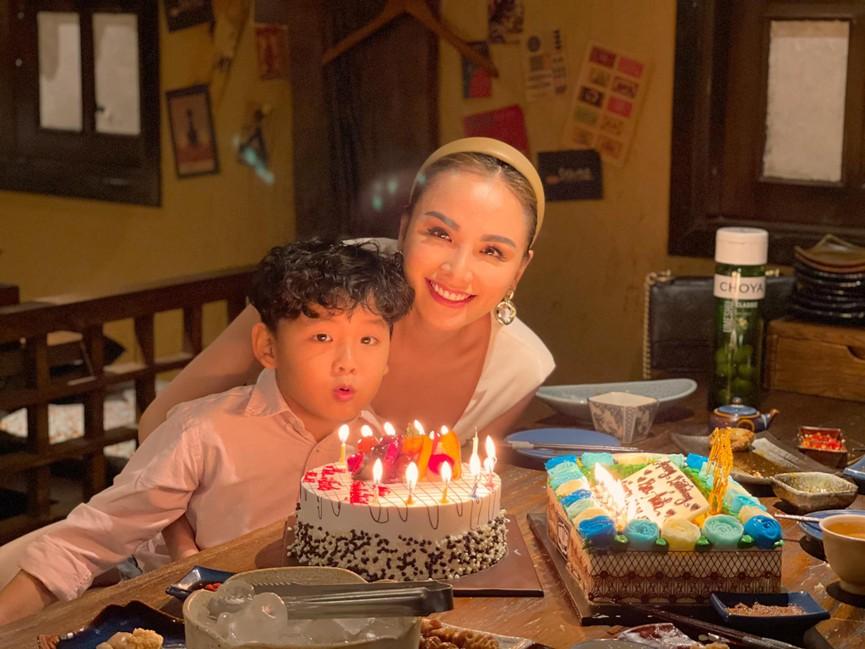 Hoa hậu Giáng My khoe khéo body gợi cảm và vẻ đẹp không tuổi những ngày đầu năm mới - ảnh 11