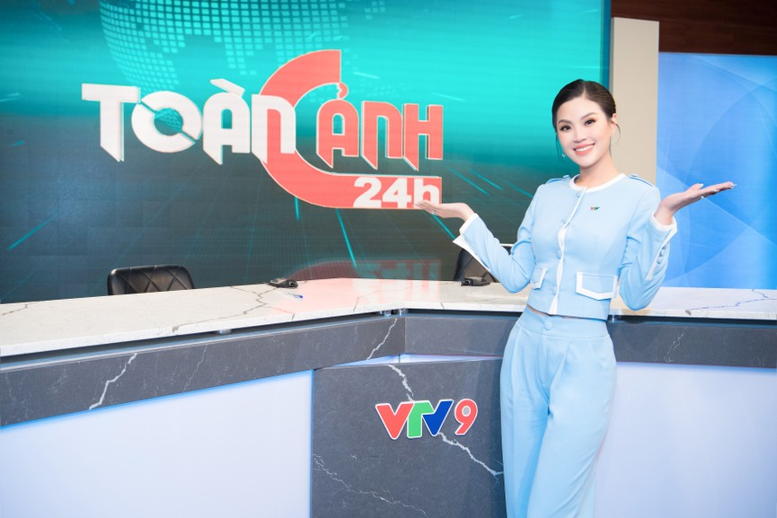 Á hậu Diễm Trang 'tái xuất' xinh đẹp sau 9 tháng mắc kẹt ở Ba Lan vì dịch COVID-19 - ảnh 8