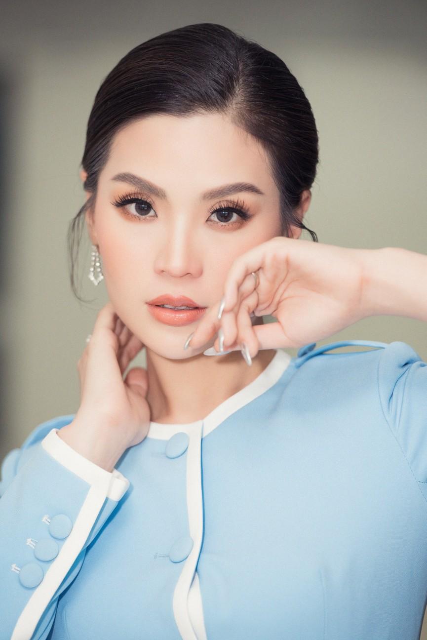 Á hậu Diễm Trang 'tái xuất' xinh đẹp sau 9 tháng mắc kẹt ở Ba Lan vì dịch COVID-19 - ảnh 5
