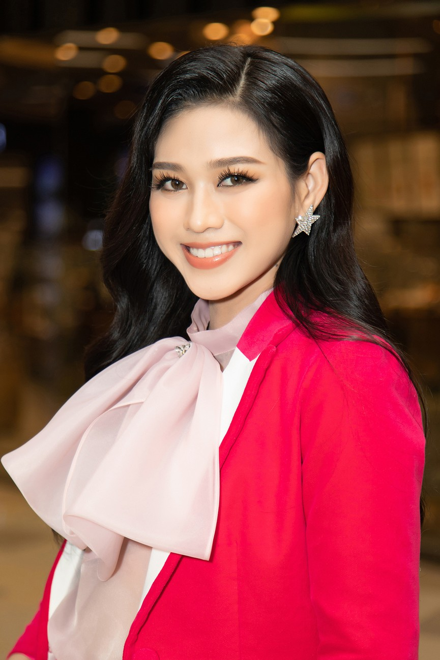 Top 3 Hoa hậu Việt Nam 2020 ngày càng 'lột xác', thần thái cuốn hút ở sự kiện - ảnh 5