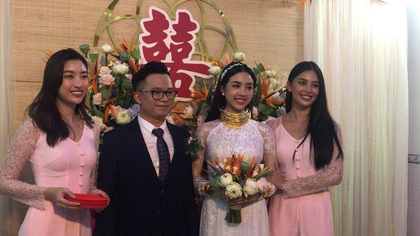 Tiểu Vy, Đỗ Mỹ Linh cùng dàn hậu diện áo bà ba làm phù dâu cho đám cưới Á hậu Thuý An - ảnh 12