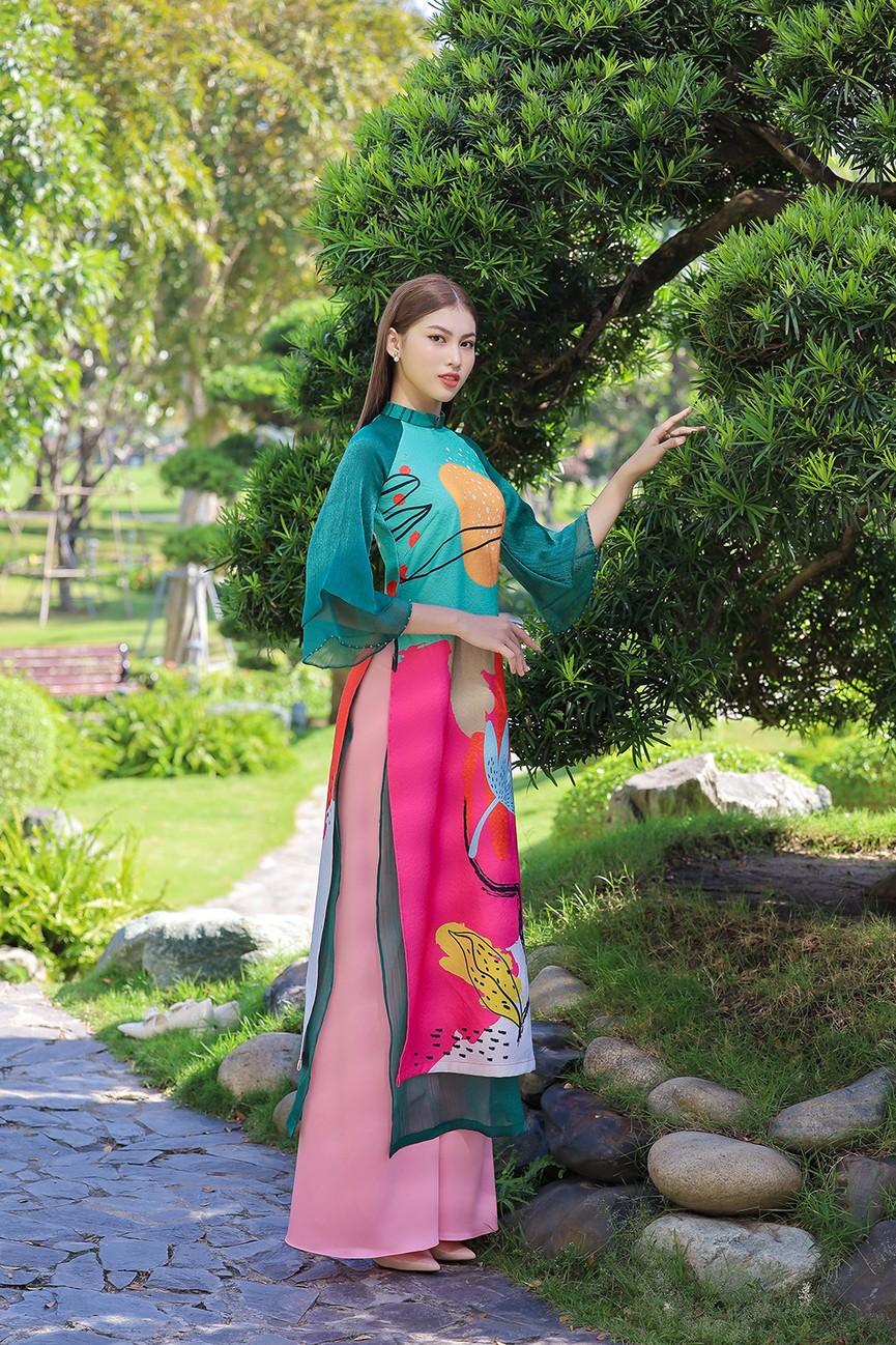 Á Hậu Phương Anh - Ngọc Thảo khoe trọn thần thái xinh đẹp, yêu kiều với áo dài Tết  - ảnh 10