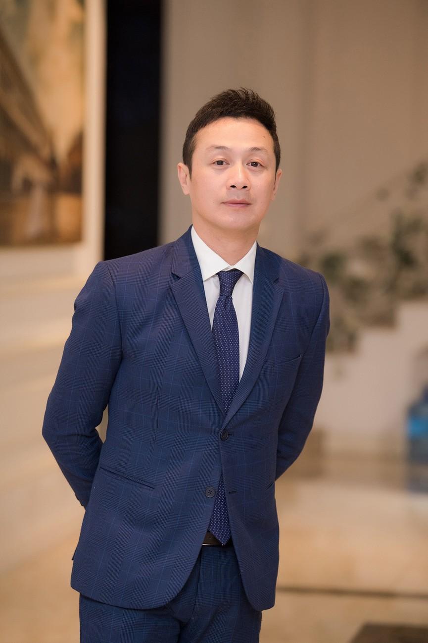 Á hậu Thụy Vân, vợ NSND Công Lý dự đám cưới của MC Thùy Linh và ông xã kém 5 tuổi - ảnh 2
