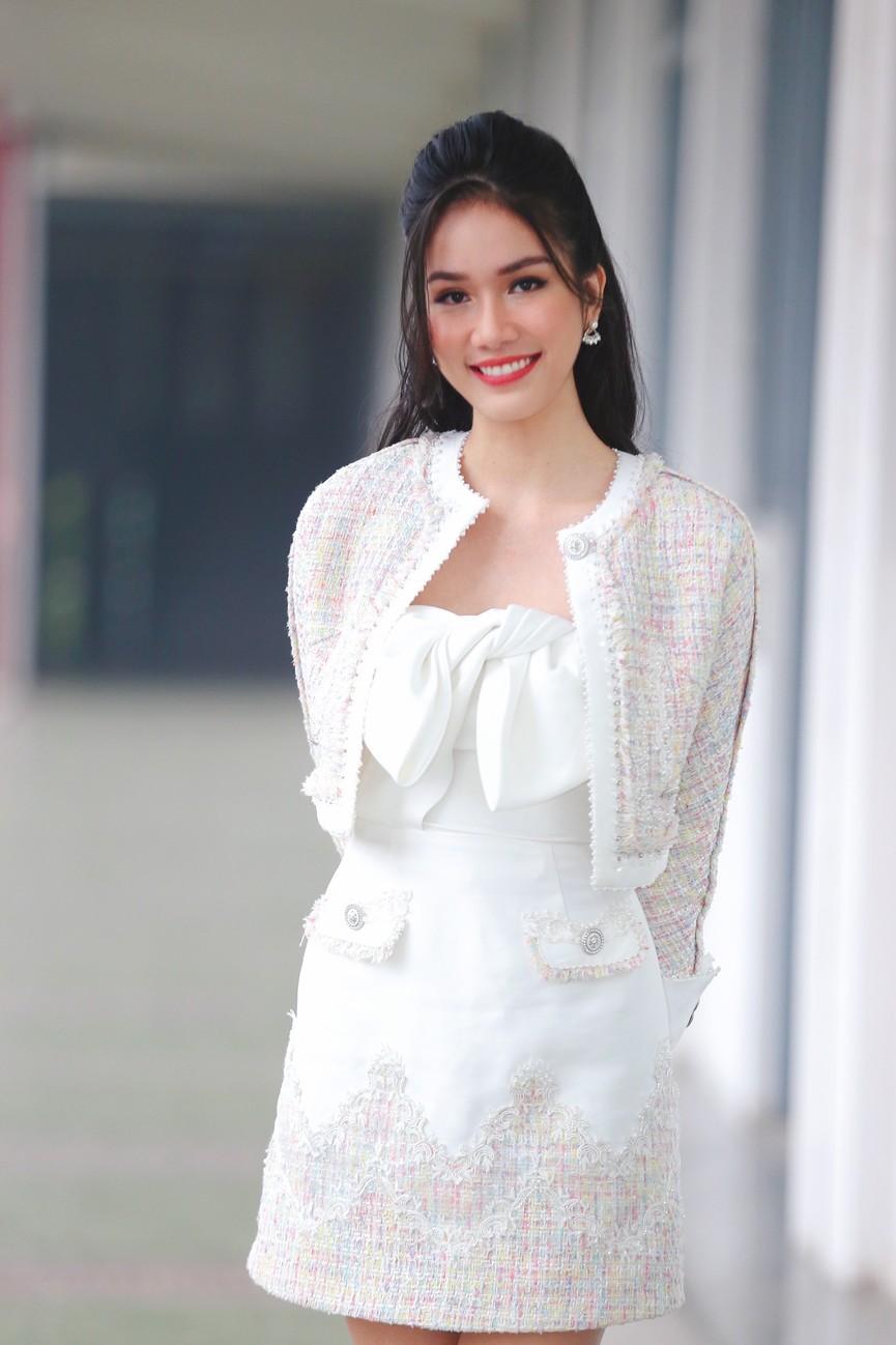 Hoa hậu Đỗ Thị Hà và Á hậu Phương Anh, Ngọc Thảo giản dị vẫn cực xinh đẹp - ảnh 6