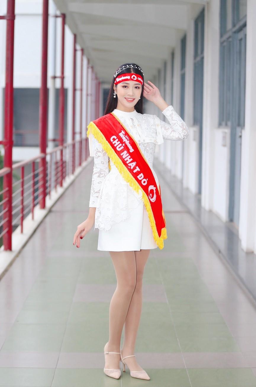 Hoa hậu Đỗ Thị Hà và Á hậu Phương Anh, Ngọc Thảo giản dị vẫn cực xinh đẹp - ảnh 11