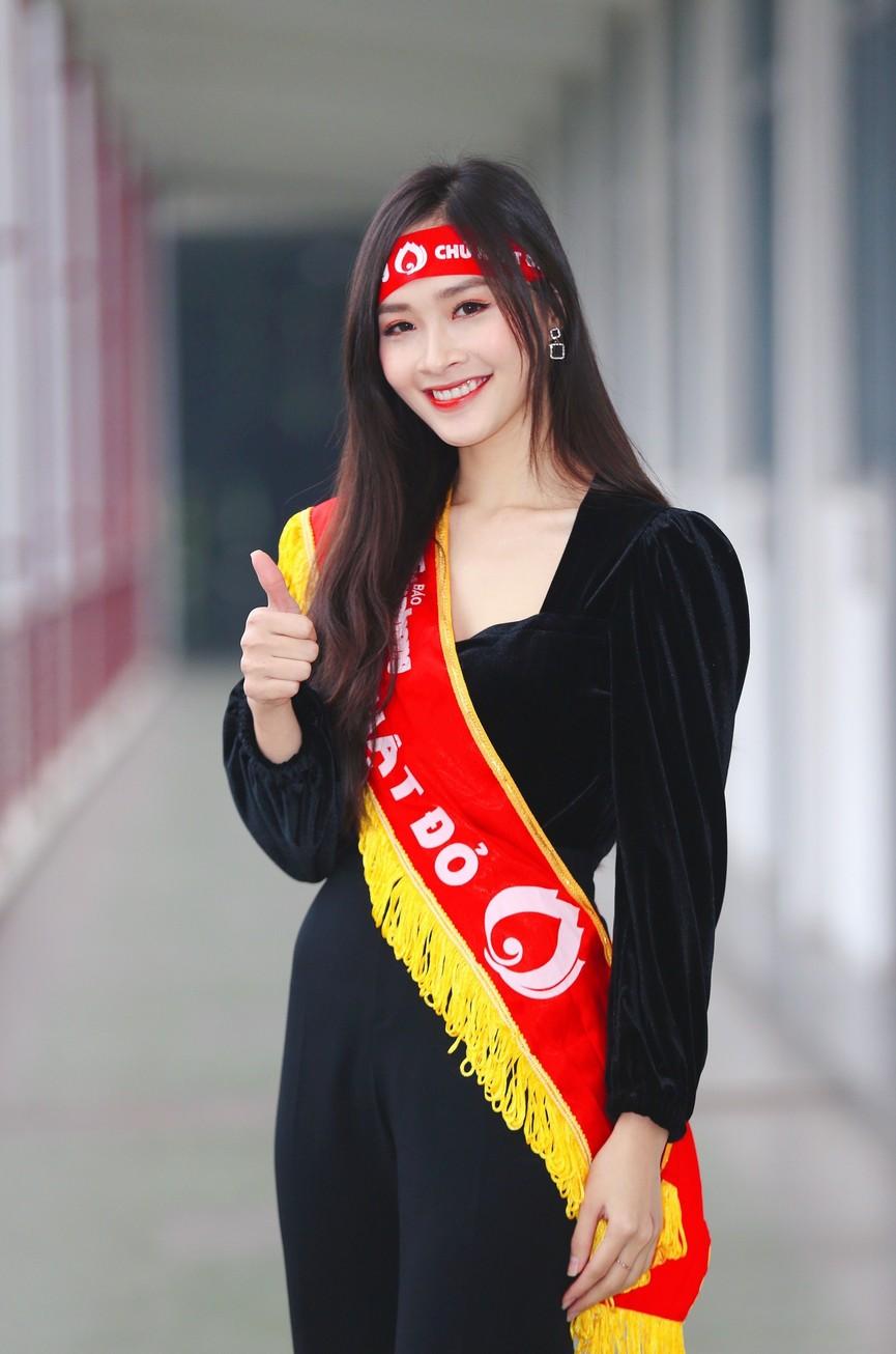 Hoa hậu Đỗ Thị Hà và Á hậu Phương Anh, Ngọc Thảo giản dị vẫn cực xinh đẹp - ảnh 14