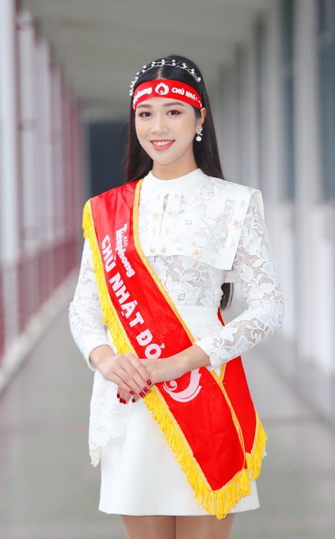 Hoa hậu Đỗ Thị Hà và Á hậu Phương Anh, Ngọc Thảo giản dị vẫn cực xinh đẹp - ảnh 12