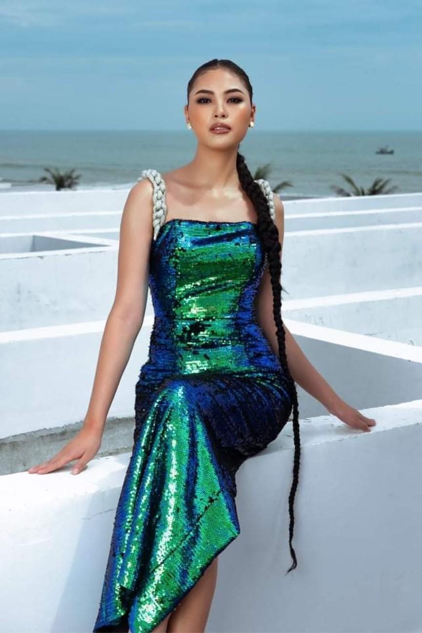 Người đẹp Biển Đào Thị Hà mặc áo tắm nóng bỏng, khoe body cực 'gắt' trên biển - ảnh 12