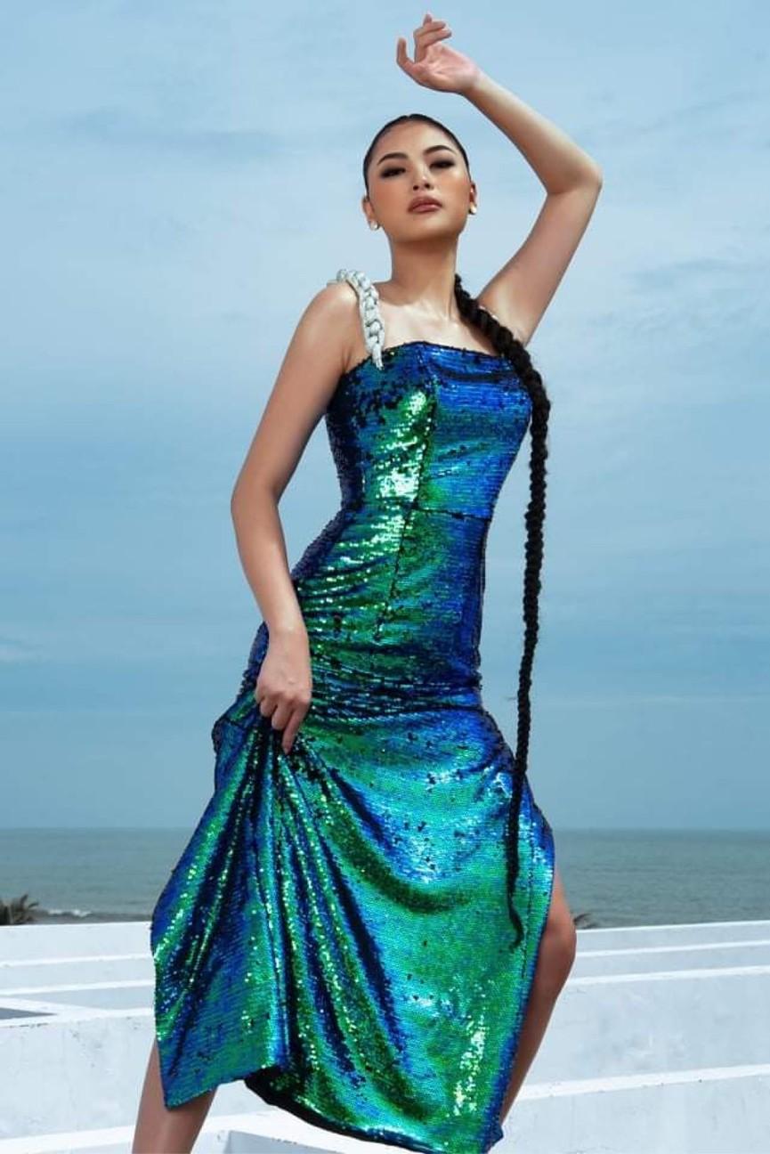 Người đẹp Biển Đào Thị Hà mặc áo tắm nóng bỏng, khoe body cực 'gắt' trên biển - ảnh 13