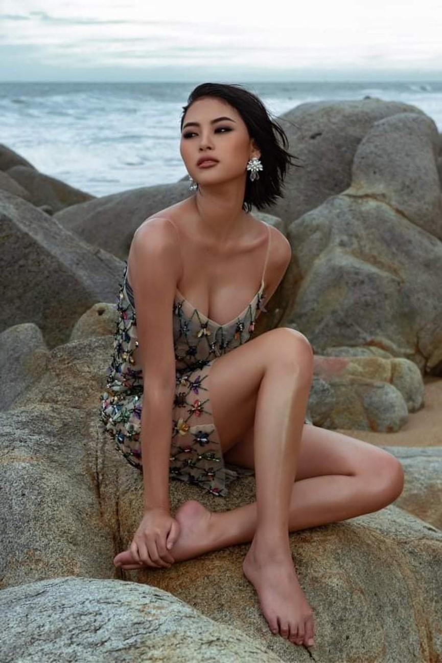 Người đẹp Biển Đào Thị Hà mặc áo tắm nóng bỏng, khoe body cực 'gắt' trên biển - ảnh 7
