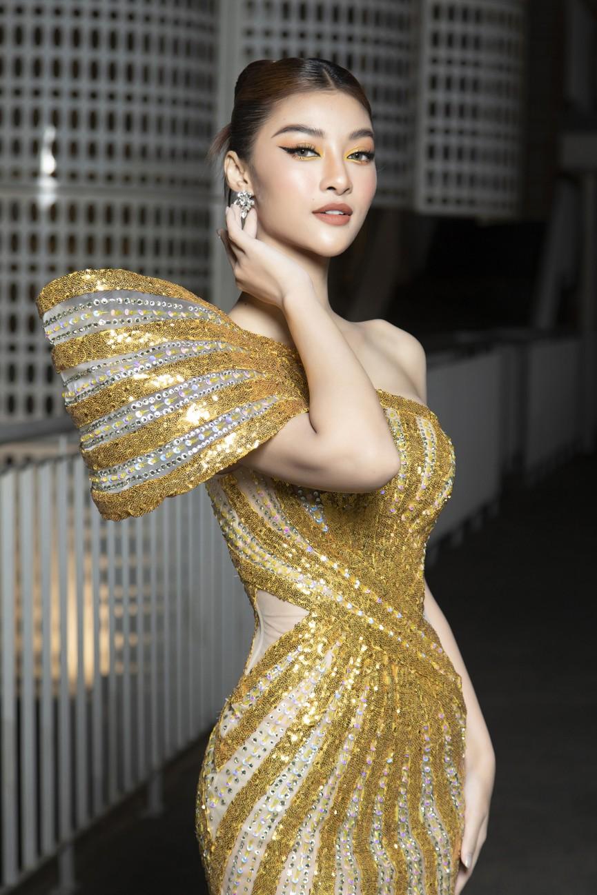 Top 3 Hoa hậu Việt Nam 2020 mặc váy cắt xẻ gợi cảm, đọ sắc Lương Thuỳ Linh-Kiều Loan - ảnh 14