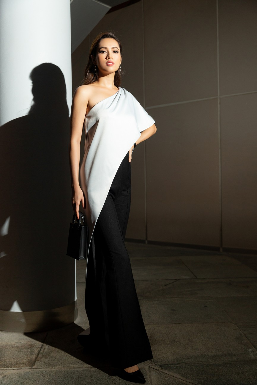 H'Hen Niê diện váy vàng rực, Khánh Vân-Võ Hoàng Yến sexy hết cỡ với váy đính đá - ảnh 11