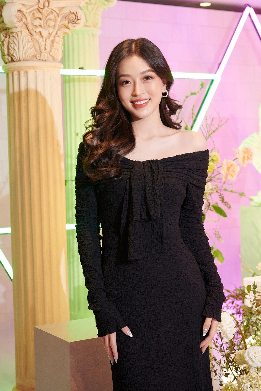 Dàn Hoa hậu, Á hậu đọ sắc vóc nóng bỏng trong đám cưới Á hậu Thuý An  - ảnh 7