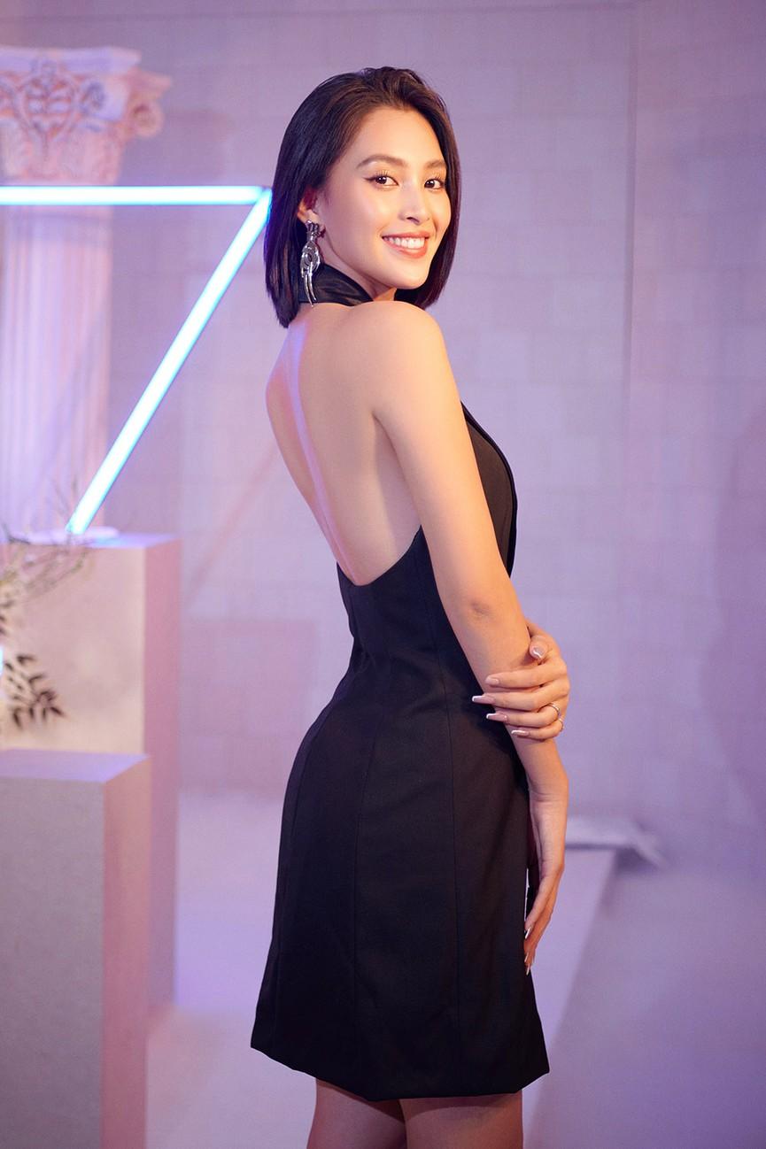 Dàn Hoa hậu, Á hậu đọ sắc vóc nóng bỏng trong đám cưới Á hậu Thuý An  - ảnh 4