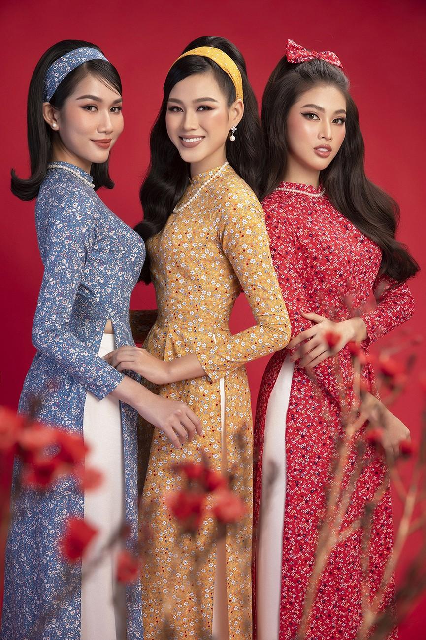 Diện áo dài Tết theo phong cách xưa, Top 3 HHVN 2020 đẹp như minh tinh thập niên 50 - ảnh 8