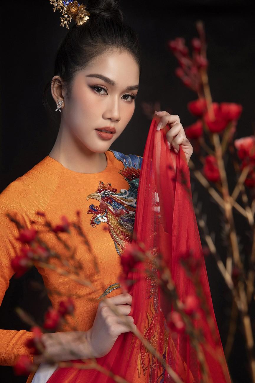 Hoa hậu Đỗ Thị Hà, Á hậu Phương Anh-Ngọc Thảo hóa 'mỹ nhân cổ trang' trong bộ ảnh Tết - ảnh 6